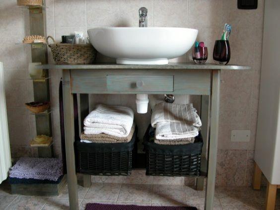 tavolino_mobile_bagno