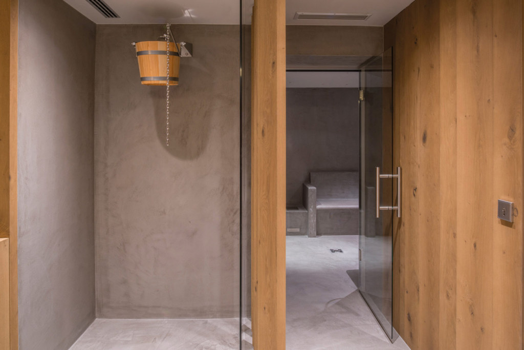 Come rinnovare il bagno senza togliere le piastrelle - Come rivestire il bagno ...