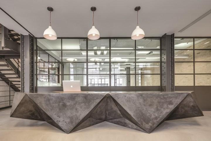 Marlybone-Receptions-desk